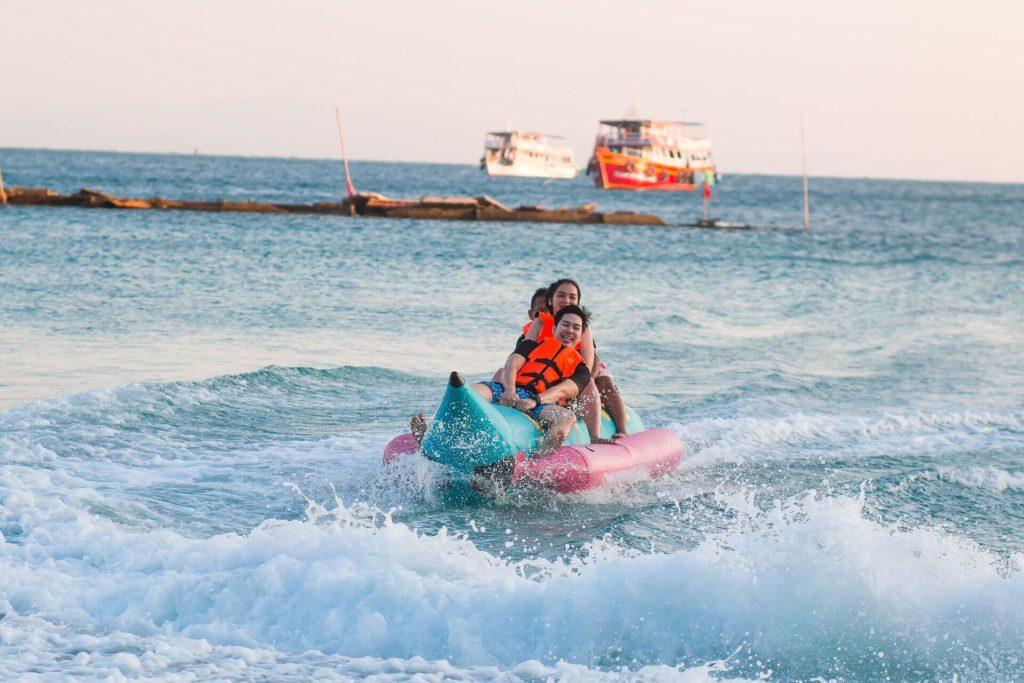Activité nautique : bouée à Théoule-sur-Mer